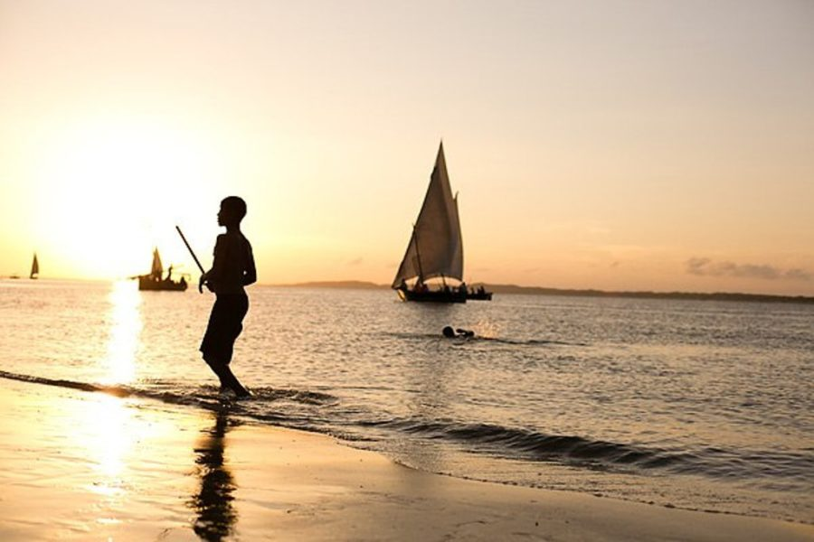 kenya lamu manda island retreat sunset sailing eco lodge